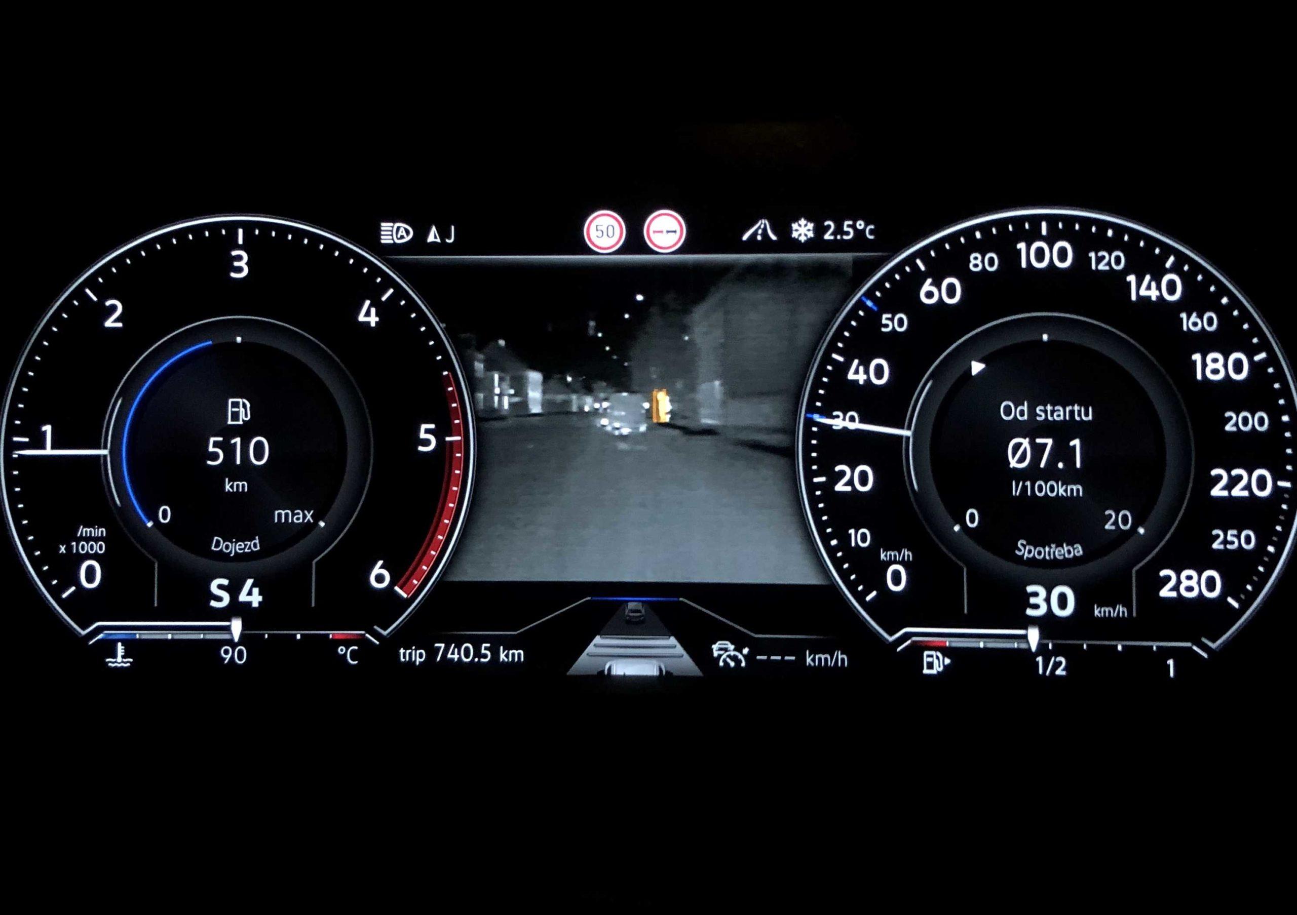 Volkswagen Touareg noční vidění