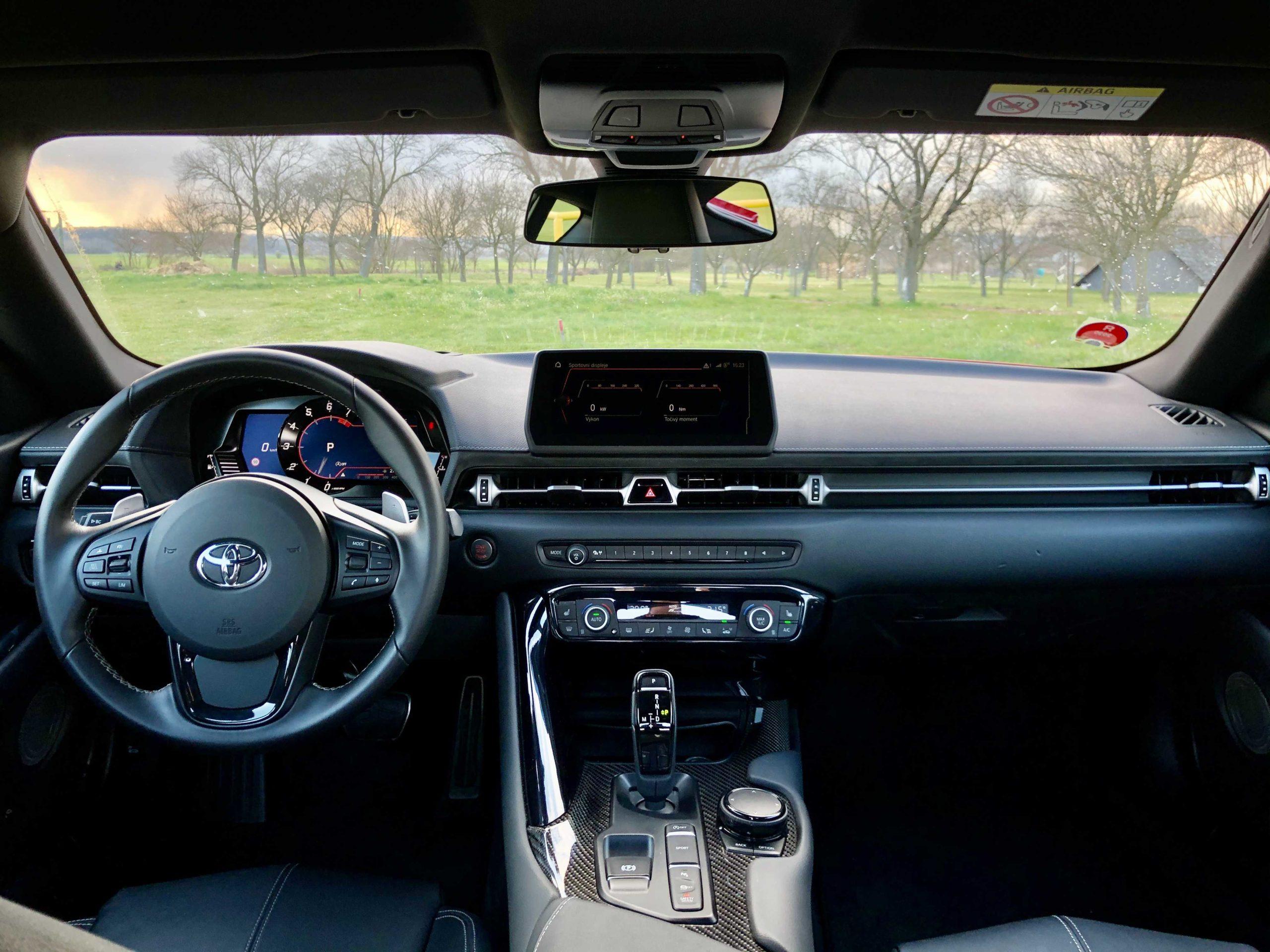 Toyota GR Supra interiér