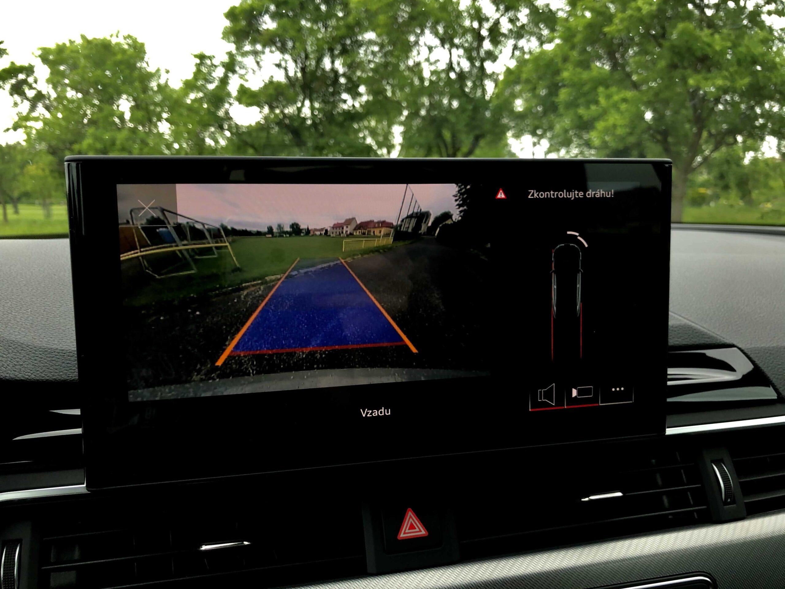 Audi PreSense