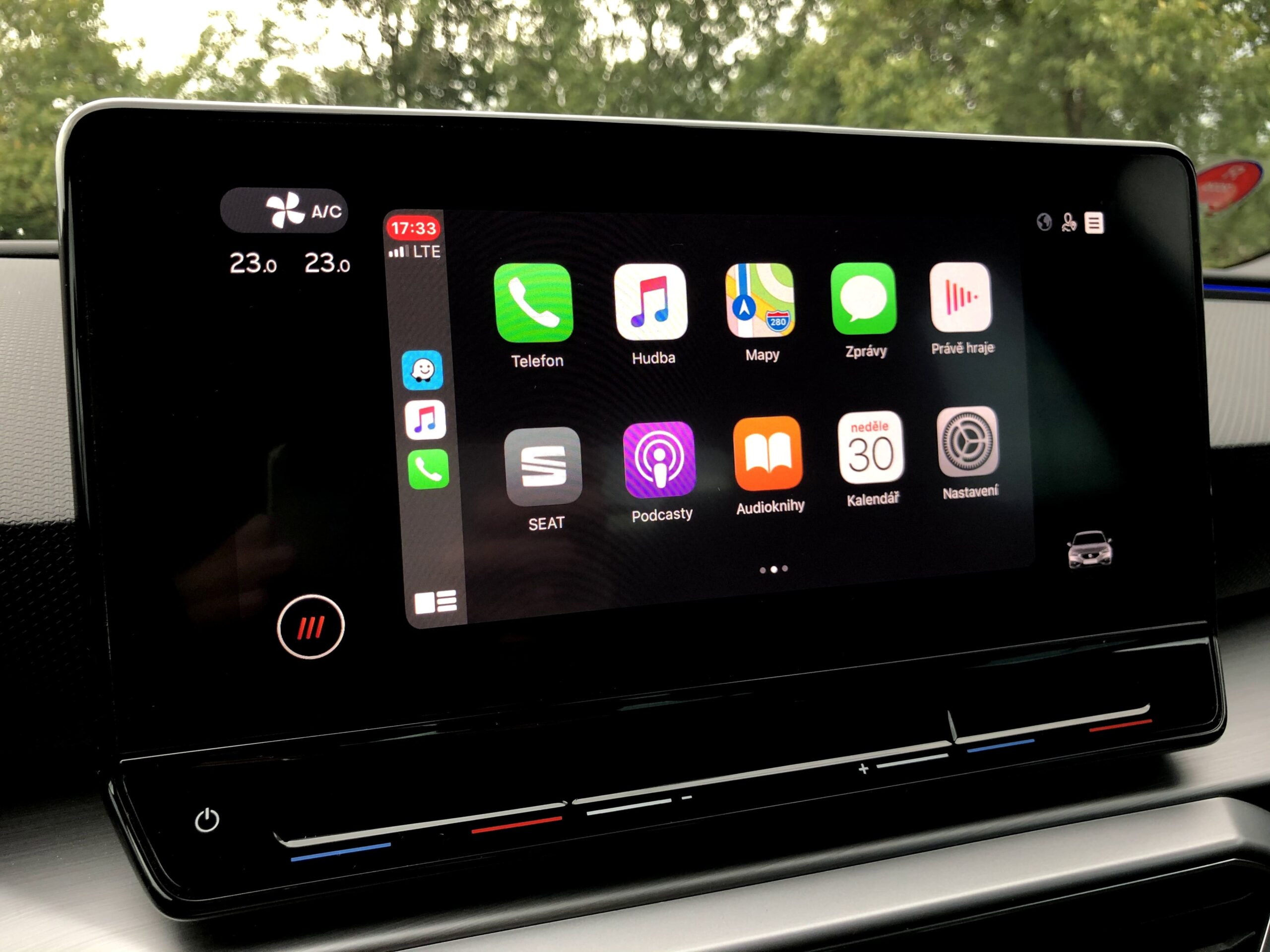 Seat Leon_apple_carplay