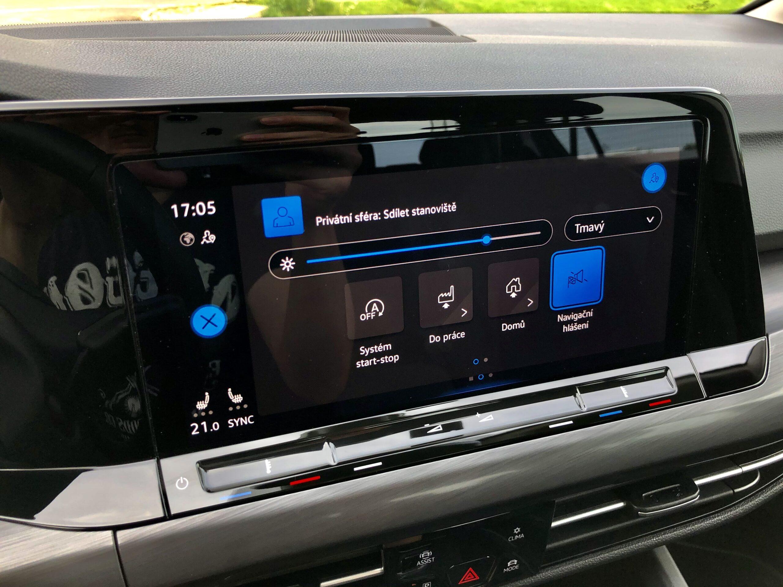 Volkswagen Golf_infotainment_3