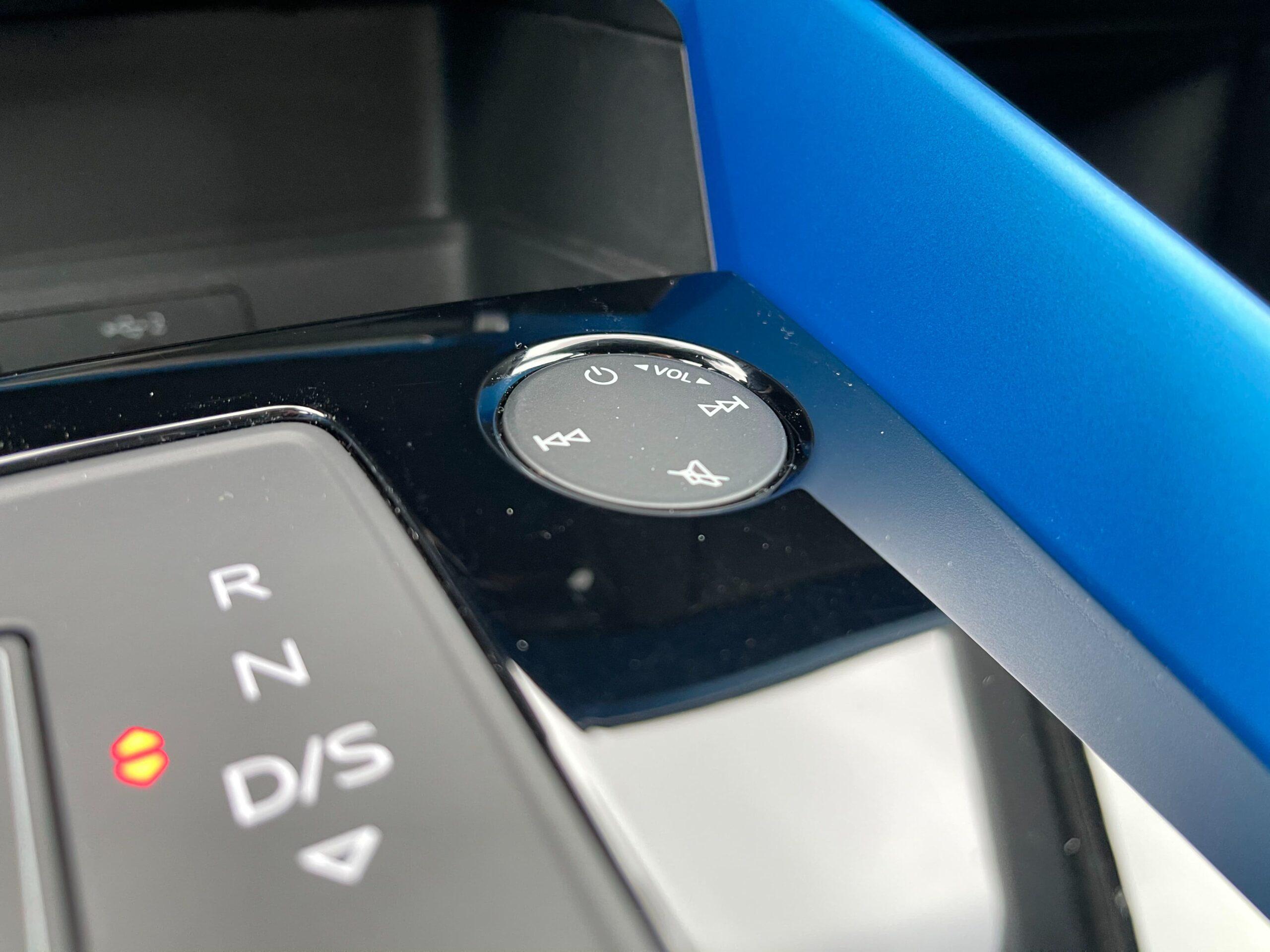 Audi A3 limuzína_mmi_touch