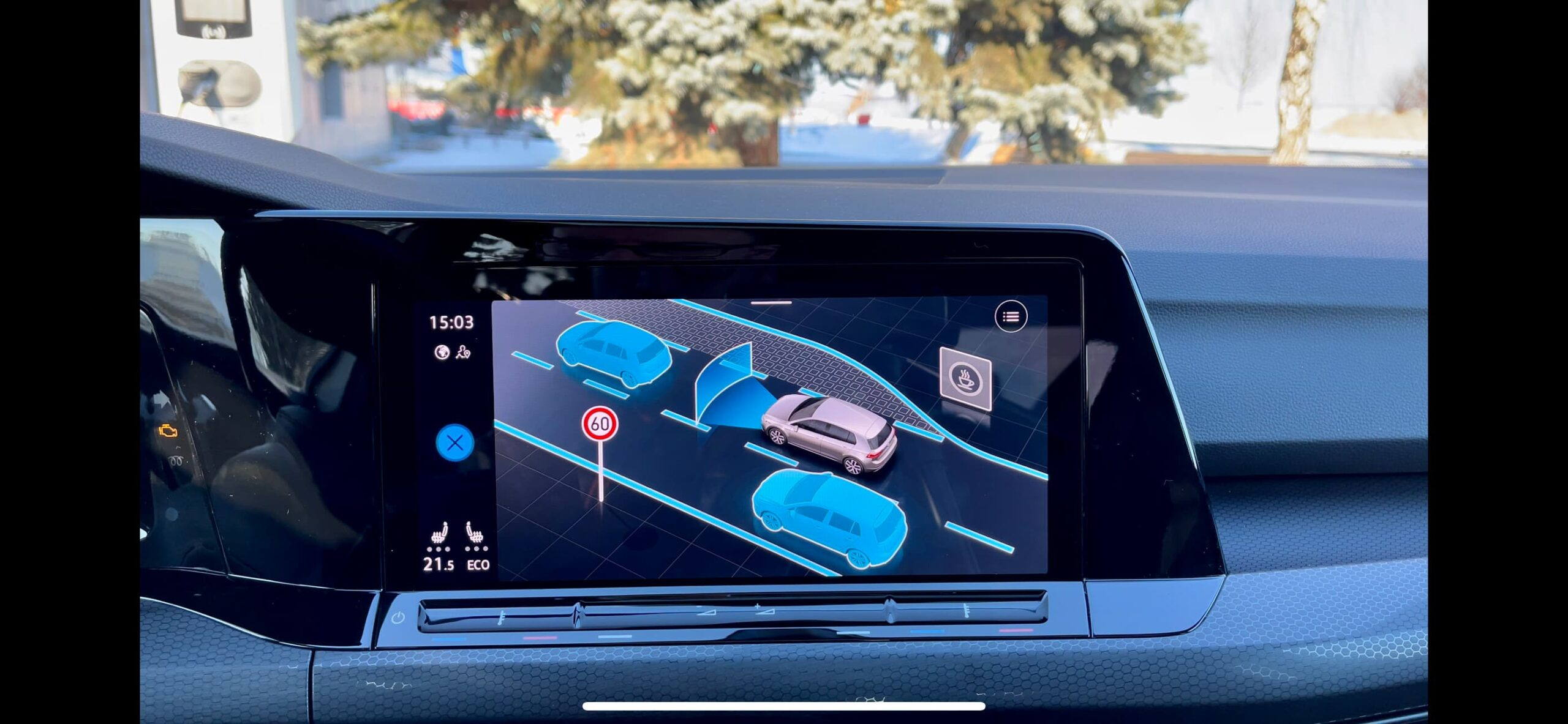 Volkswagen_Golf_GTI_infotainment_9