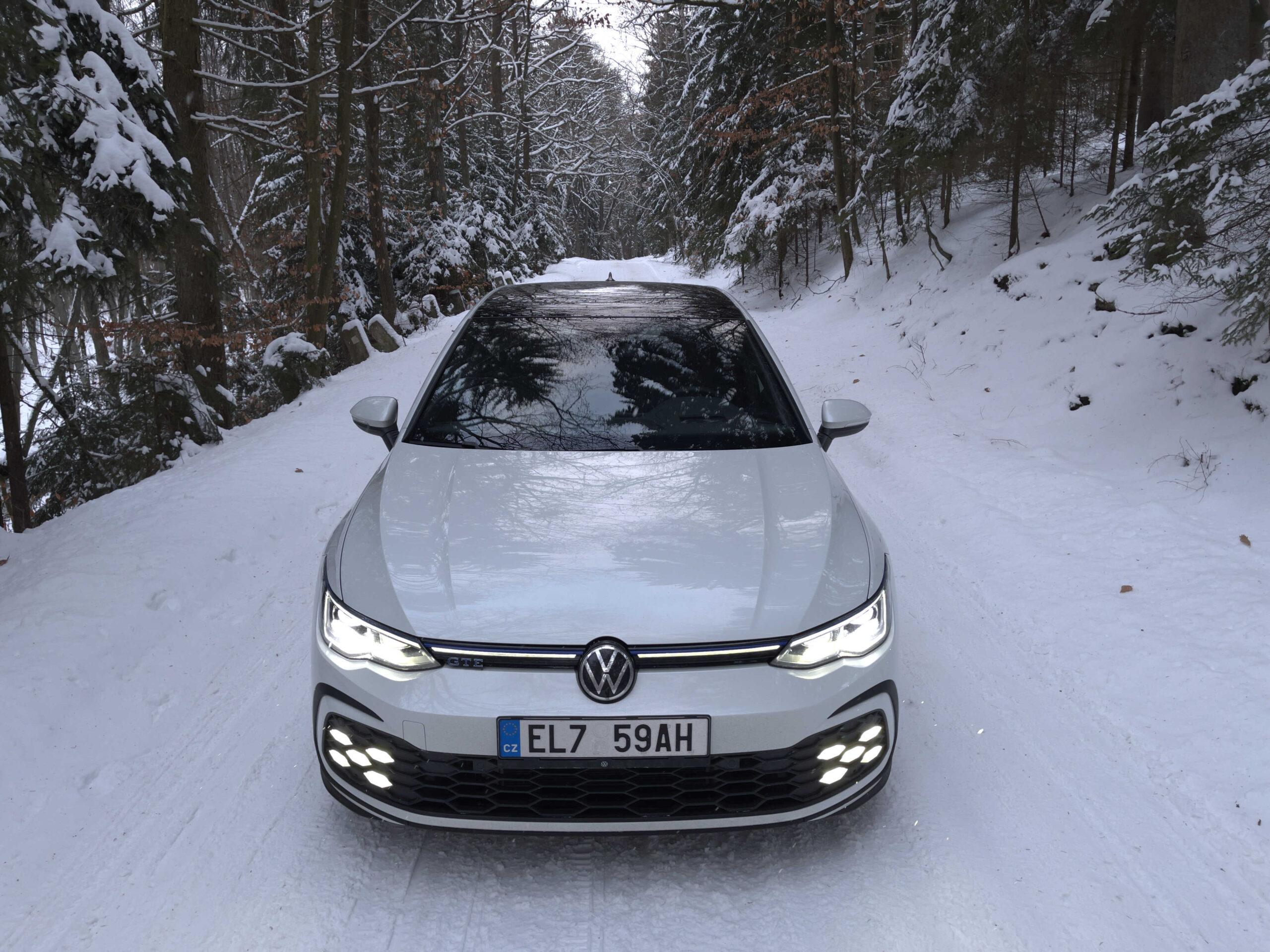 Volkswagen Golf GTE_1
