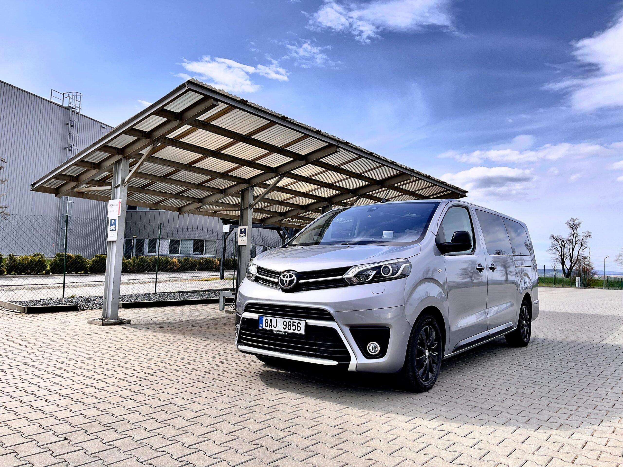 Toyota_Proace_verso_exterier_1