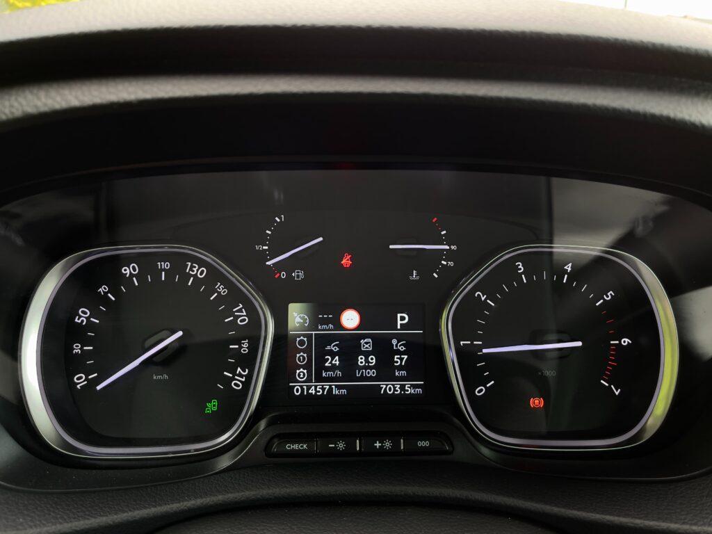 Toyota_Proace_verso_kaplicka_pristroju_1