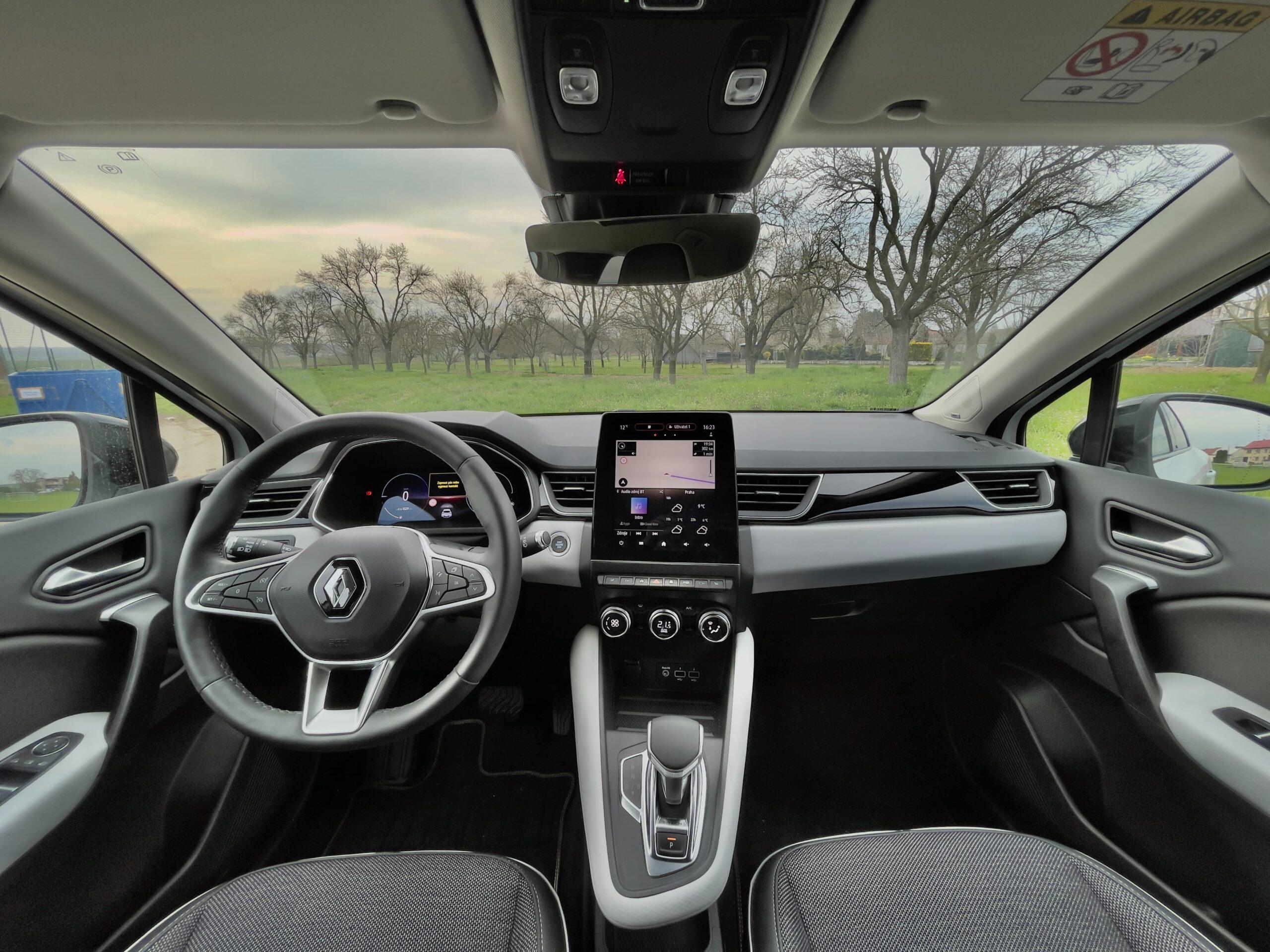 Renault_Captur_Interior_1