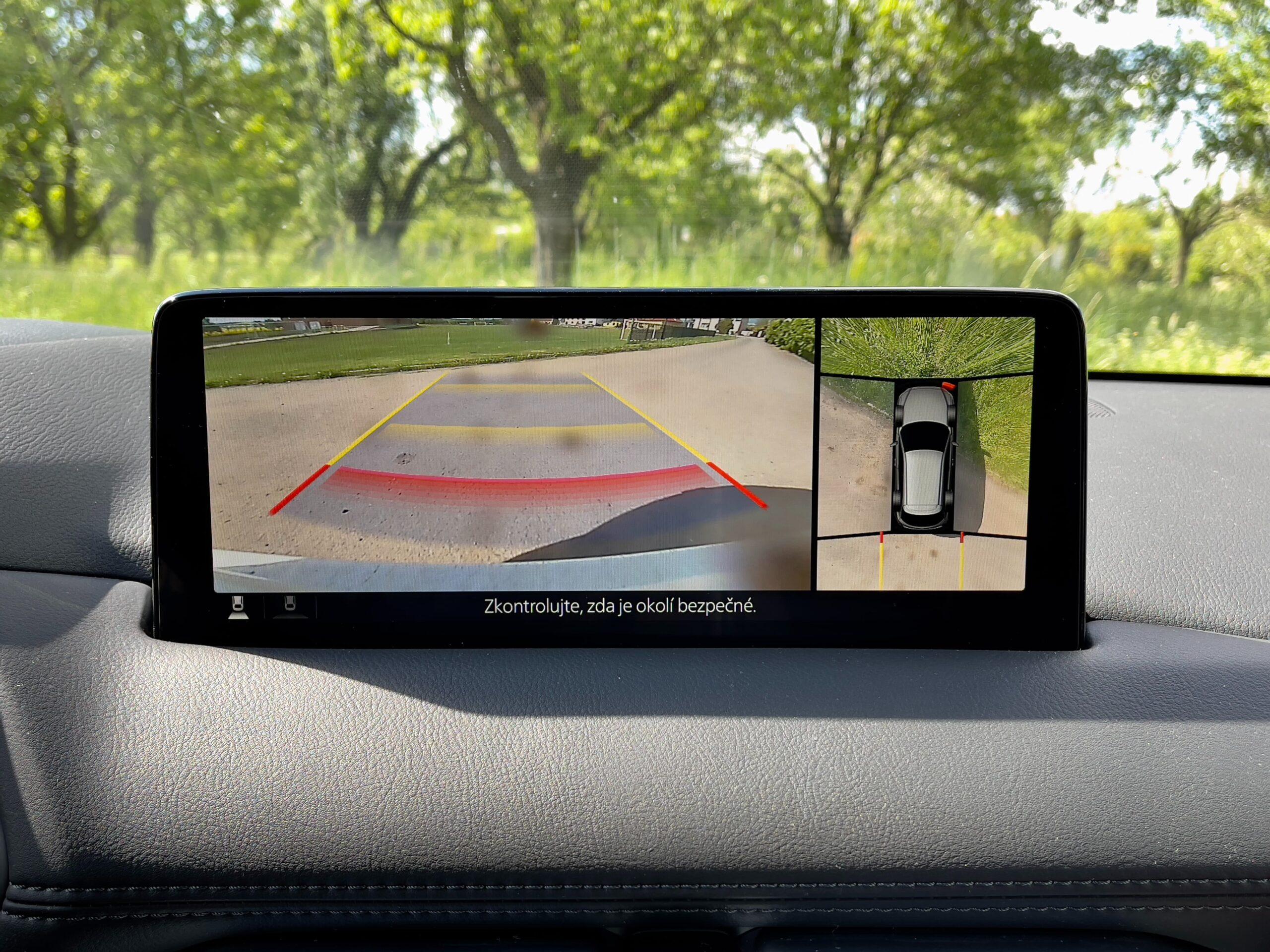 Mazda CX-5 360 stupnove kamery