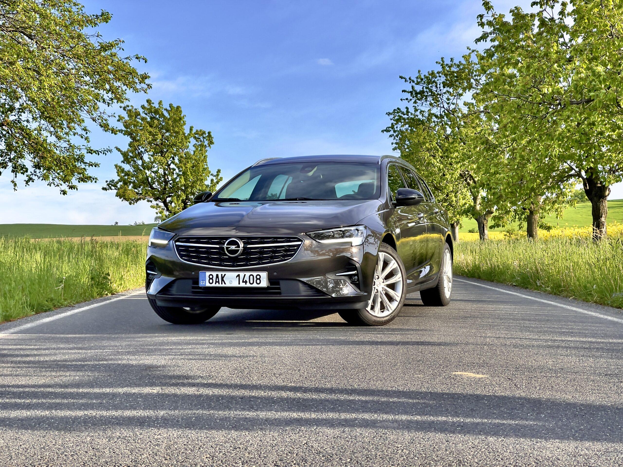 Opel Insignia Sports Tourer_2