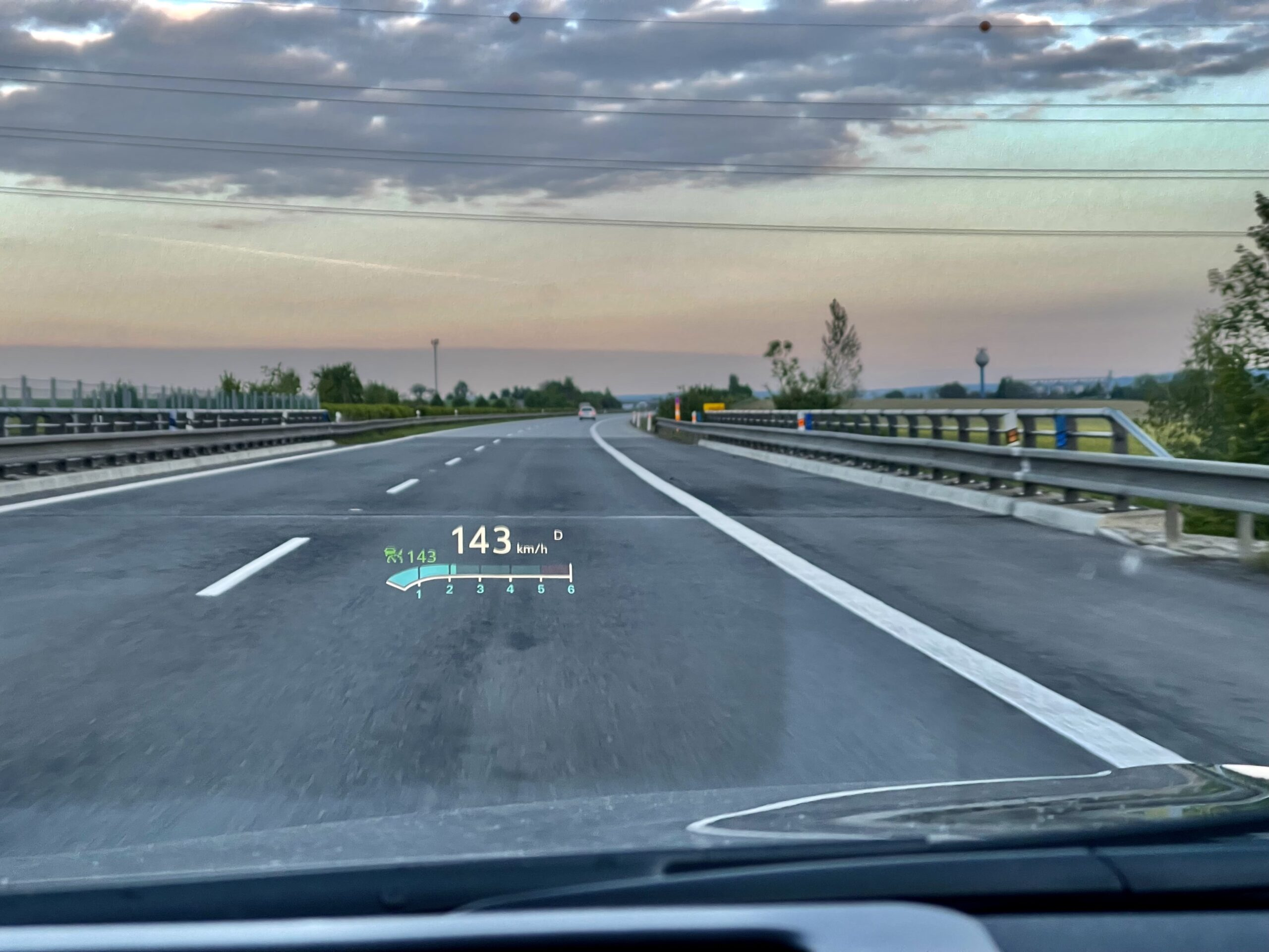 Opel Insignia Sports Tourer_Head-Up_Display_1