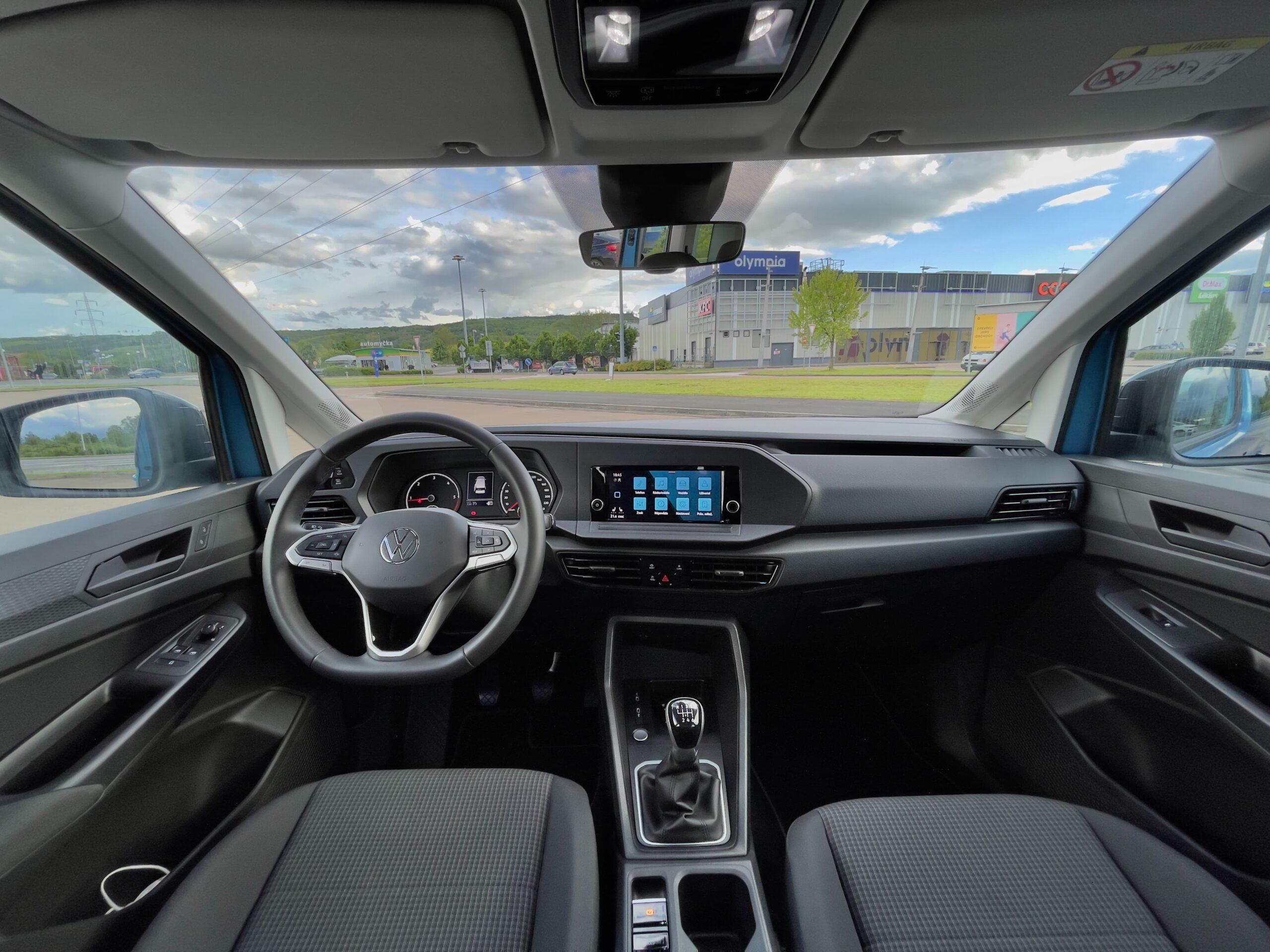 Volkswagen_Caddy_2021_interier