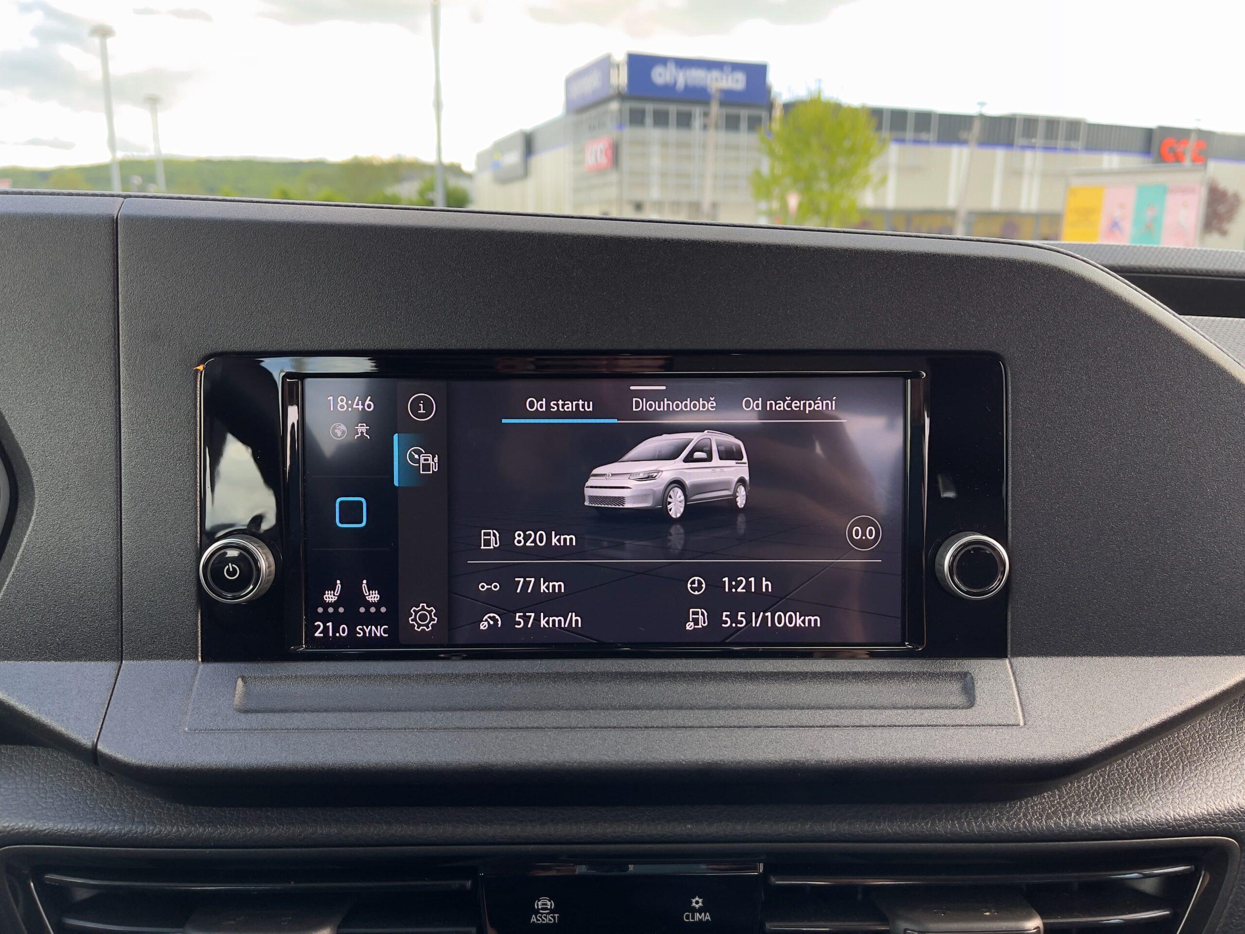 Volkswagen_Caddy_2021_infotainment_4