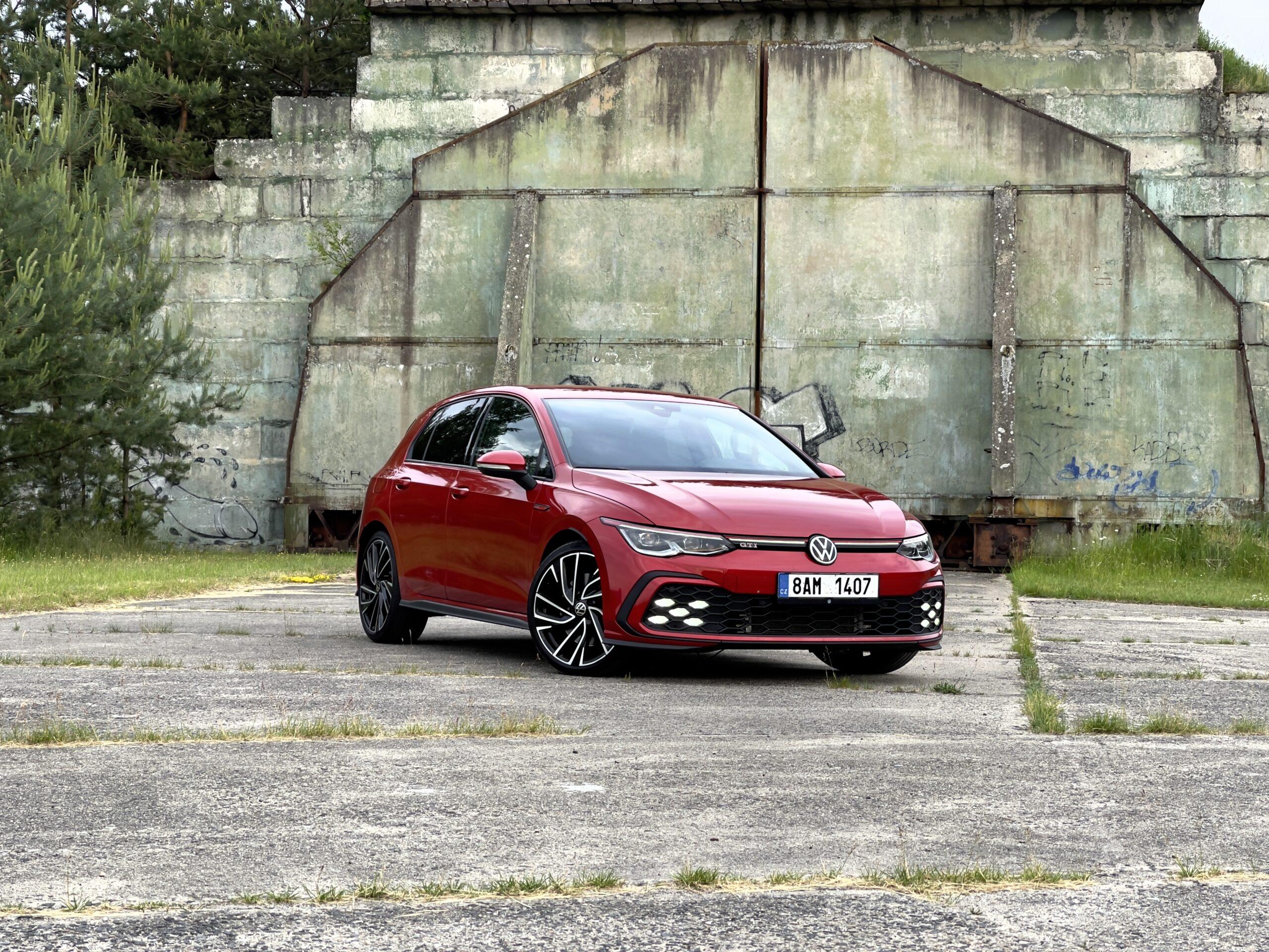 Volkswagen_Golf_GTI_3